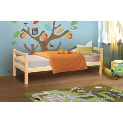 Кровать из массива вариант №1